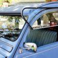 Del Citroën 2CV, segunda entrega de la colección 'Coches Legendarios' de EL PAÍS, se vendieron más de cinco millones de unidades.